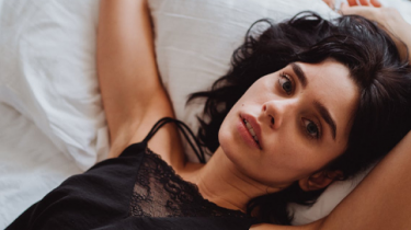 vrouw met slapeloosheid