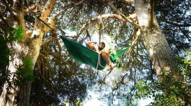 airbnb, boomhutten, campers, hammocks