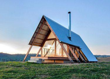 In dit minimalistische huis ben je even helemaal van de wereld