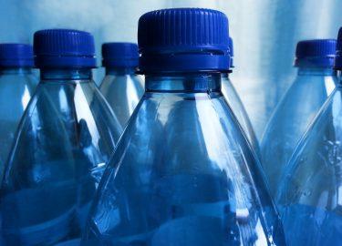 Foto van plastic flesjes voor de Plastic Detox