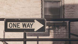Bord met 'one way'