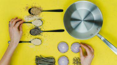 ingrediënten op tafel