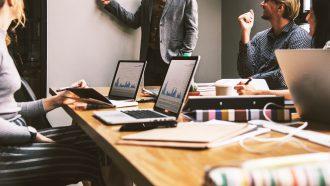introvert op werk, introvert, kwaliteiten