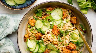 Afbeelding van vegan noodles met tempeh recept