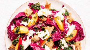 Afbeelding van vegetarische maaltijdsalade met nectarines, Burrata en munt recept 1