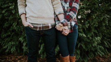 koppel hand in hand liefde theorie gottman