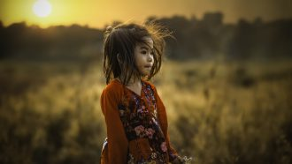 kind met trauma's in de kindertijd