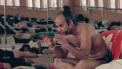 Scène uit Bikram op Netflix